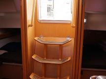 Bavaria 45 Cruiser - Companionway