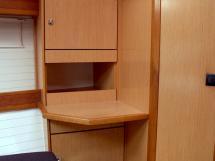 Bavaria 45 Cruiser - Forward cabin's dressing table