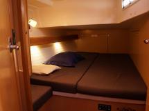 Bavaria 45 Cruiser - Aft starboard cabin