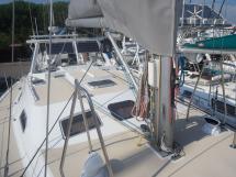 AYC - Universal Yachting 44 /