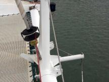 Catana 42S - Genoa furler