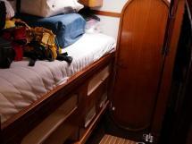 Catana 42S - Central starboard cabin