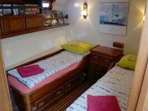 CCYD 75' - 2 single beds cabin