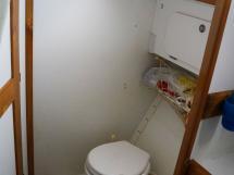 OVNI 385 -Bathroom