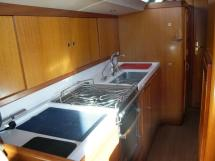 Garcia Salt 57 - Galley