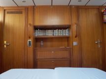 Garcia Salt 57 - Aft owner cabin