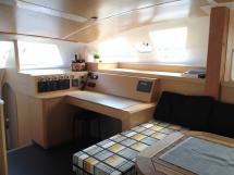 Flashcat 52s - AYC Yachtbroker - Chart table