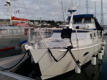 Meta Trawler 33 - Bow
