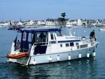 Meta Trawler 33 - Motoring