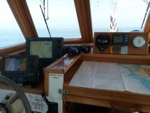 Meta Trawler 33 - Wheelhouse
