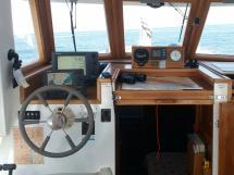 Meta Trawler 33 - Steering position