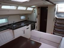 Sunreef 60S - Companionway and saloon