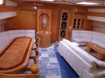AYC - Liman Ketch - Saloon