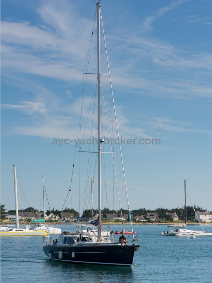 AYC Yachtbroker - JFA 45 Deck Saloon