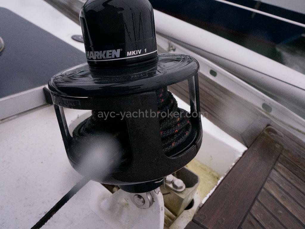 OVNI 455 - Harken staysail furler