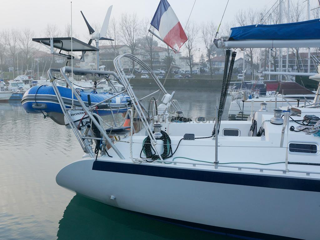 Patago 40 - Aft arch