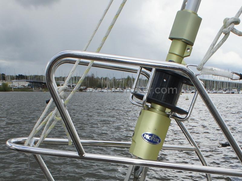 AYC Yachtbroker - Nemophys 50 - Genoa furler