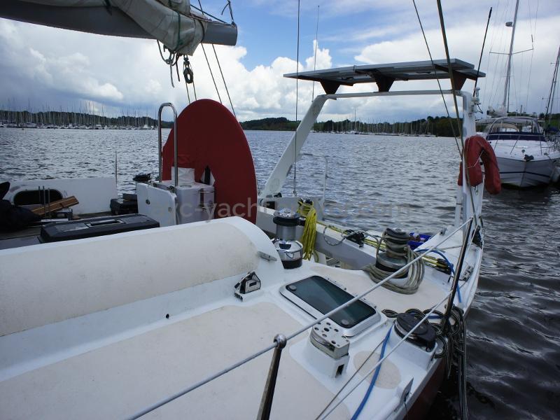 AYC Yachtbroker - Nemophys 50 - Aft view, aft arch