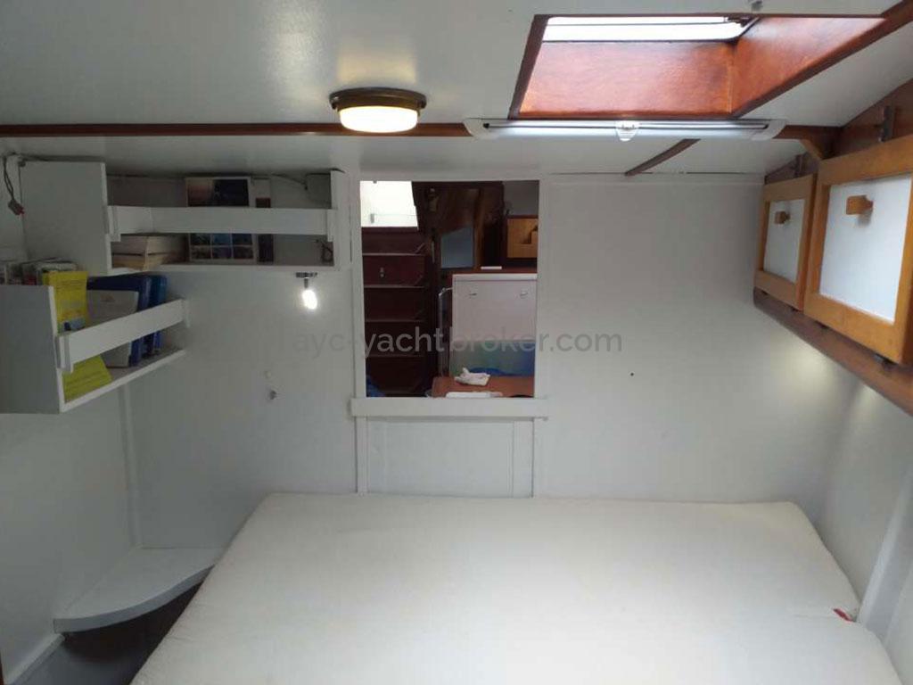 Meta JPB 47 - Owner's cabin