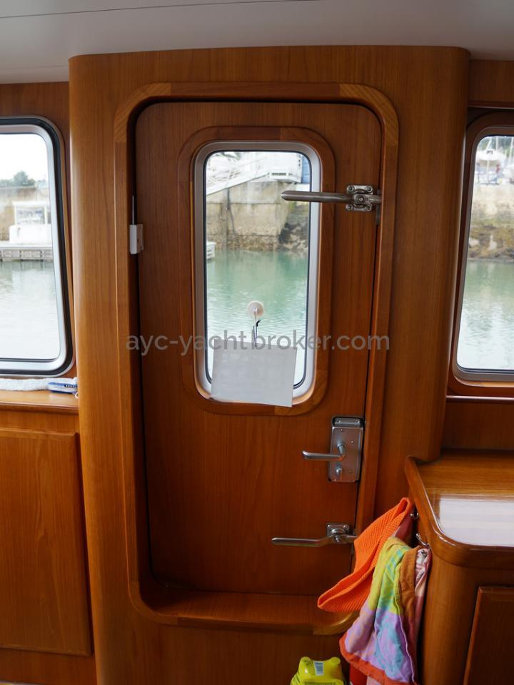 Searocco 1500 Trawler - Watertight starboard side door