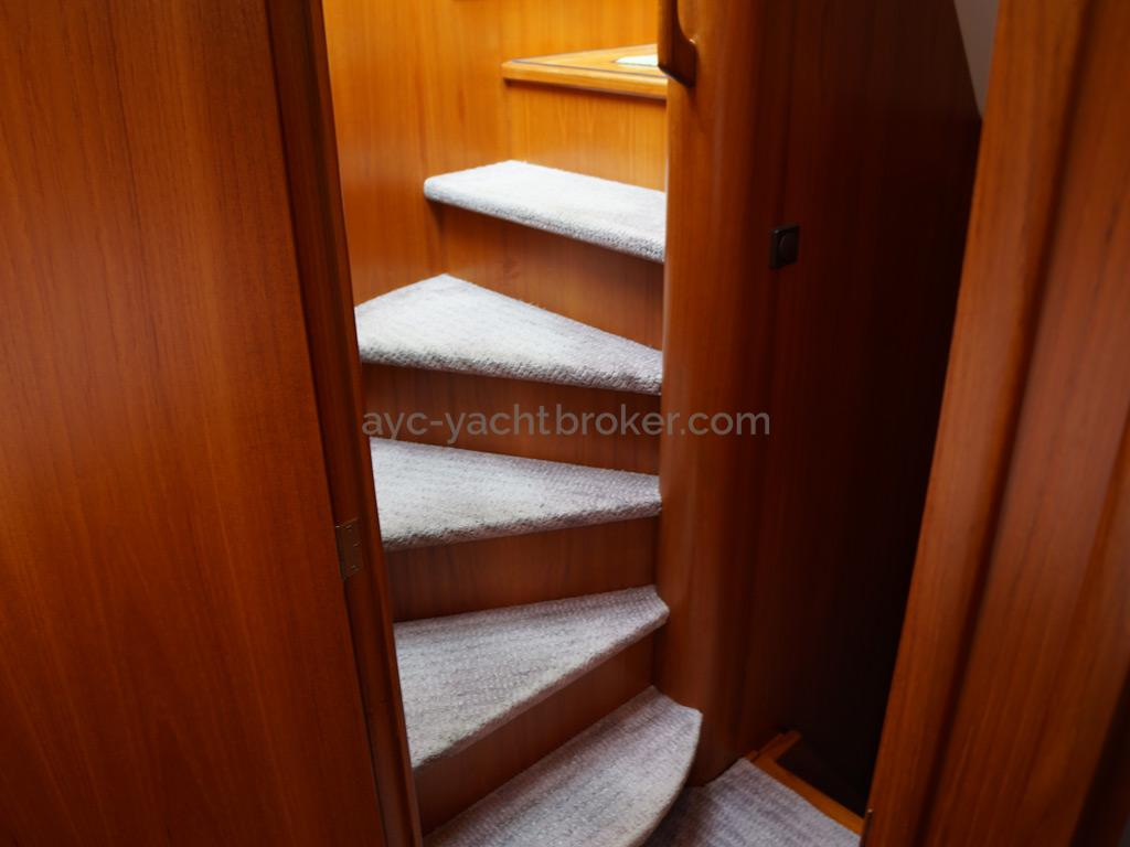 Searocco 1500 Trawler - Stairs to the night quarter