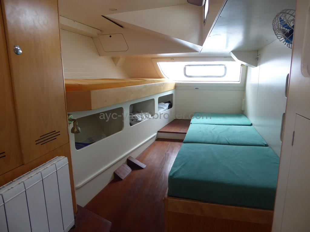 AYC - Azzuro 53 / Aft starboard cabin