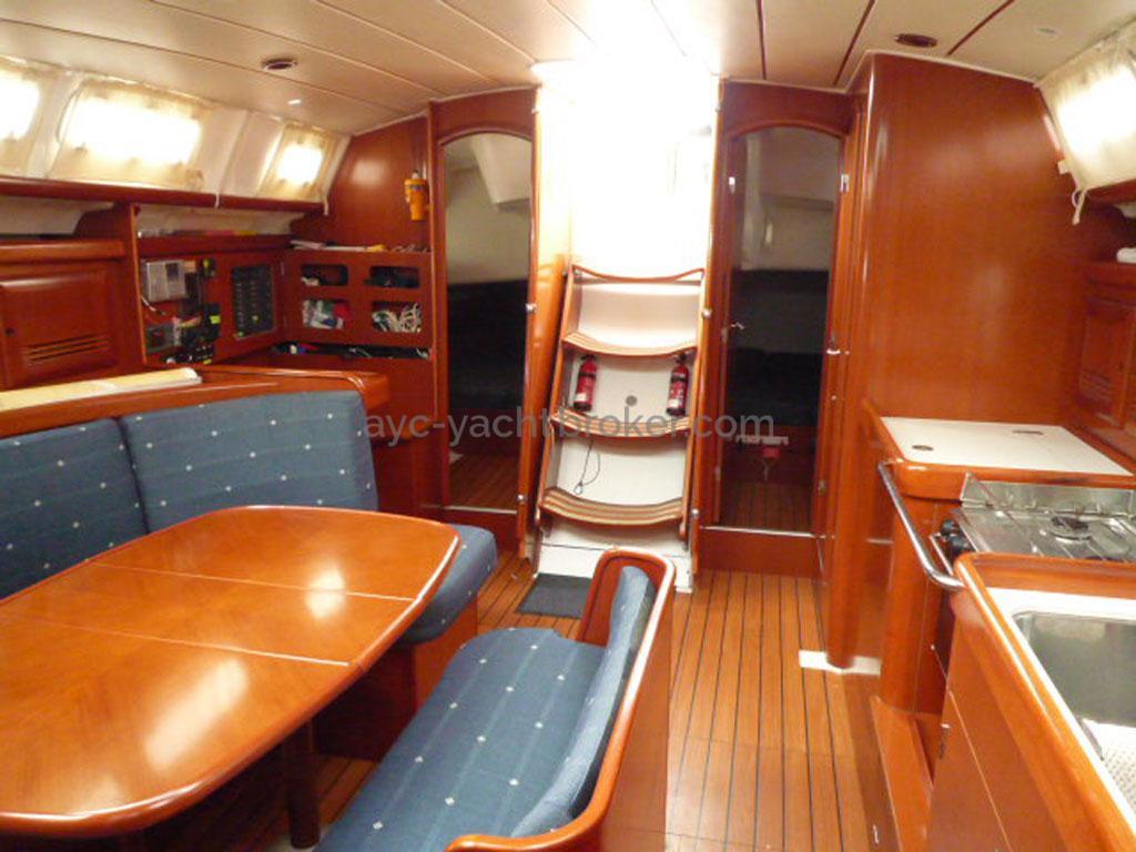 AYC - Oceanis 423 / Saloon
