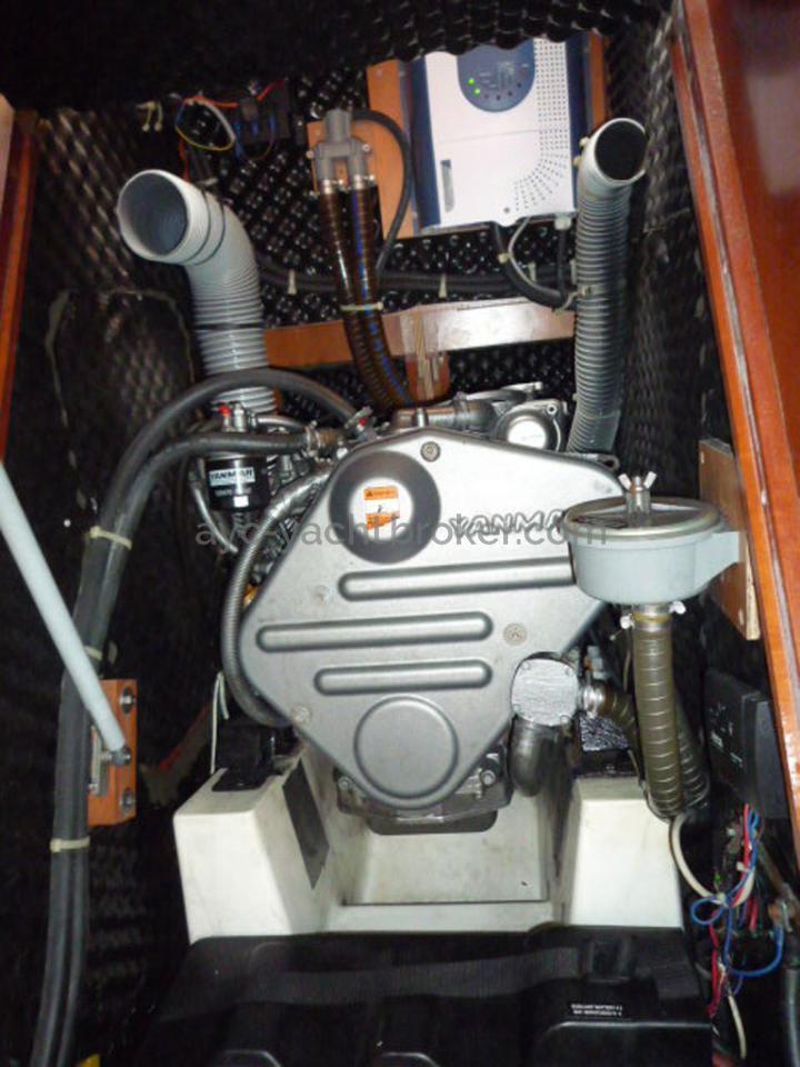 AYC - Oceanis 423 / YANMAR 54HP engine