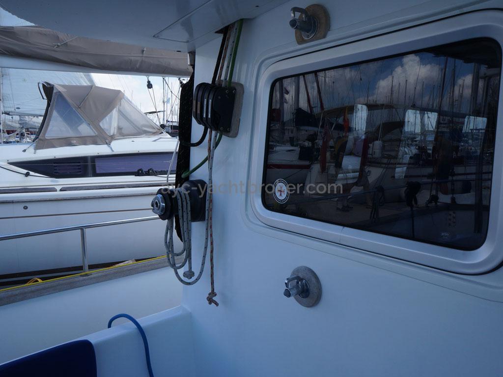 AYC - Trawler fifty 38 / Cockpit