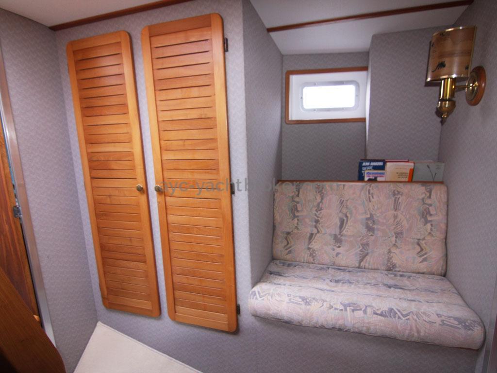 AYC - Jeroboam / Forward cabin