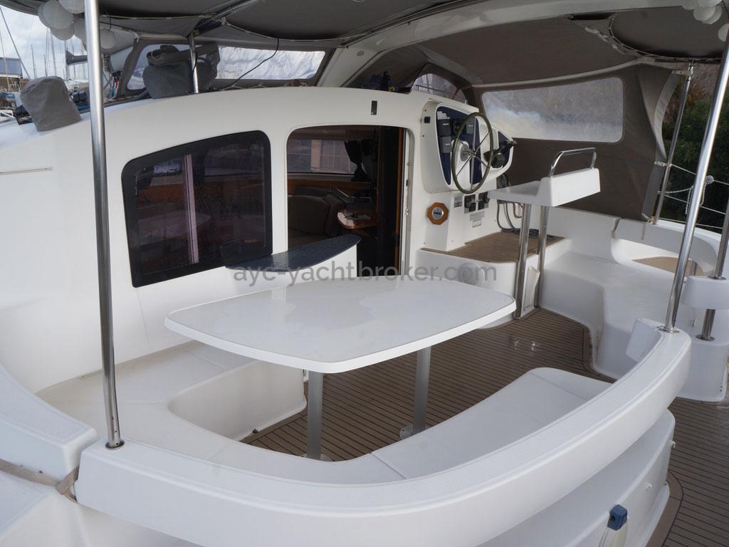AYC - Lavezzi 40 / Cockpit