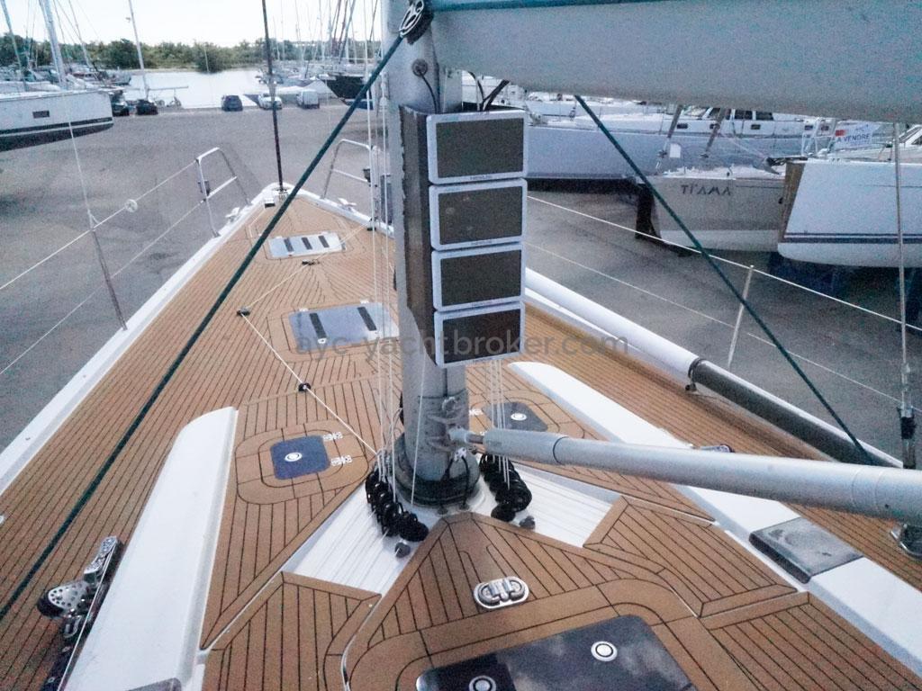AYC Yachtbroker - GRAND SOLEIL 54 - mast step