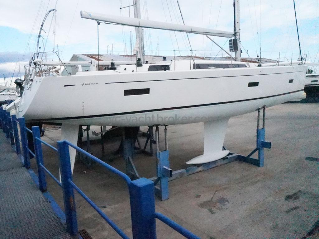 AYC Yachtbroker - GRAND SOLEIL 54 - full view