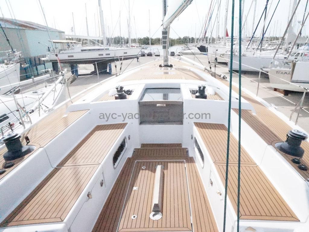 AYC Yachtbroker - GRAND SOLEIL 54 - cockpit