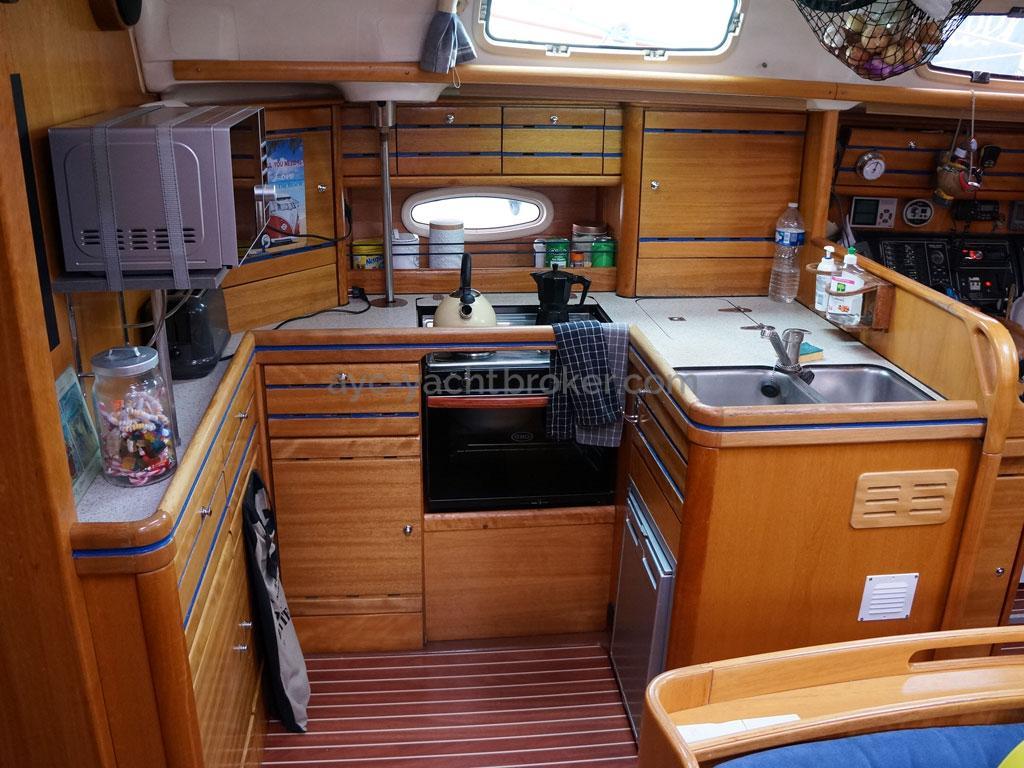 AYC Yachtbroker - Galley
