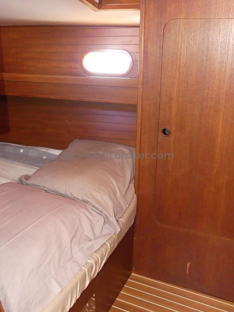 Atlantis 370 - Aft cabin