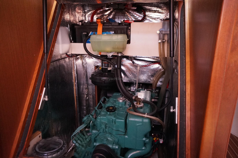 AYC - HANSE 445 moteur volvo