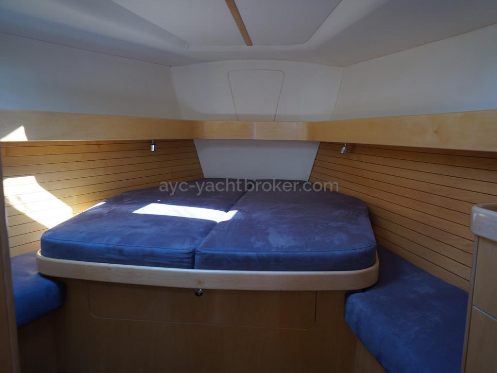 Feeling 44 Di - Forward cabin