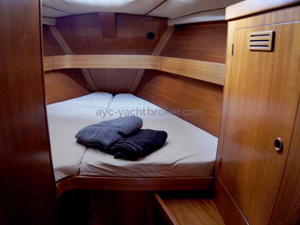 Grand Soleil 45 - Forward cabin