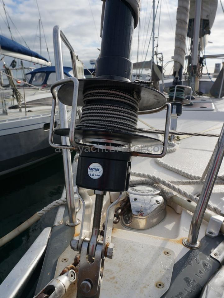 RM 1200 - Genoa furling gear