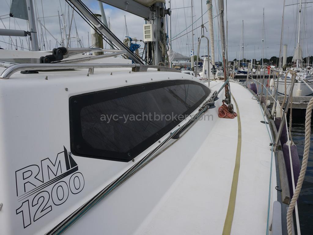 RM 1200 - Starboard walkway