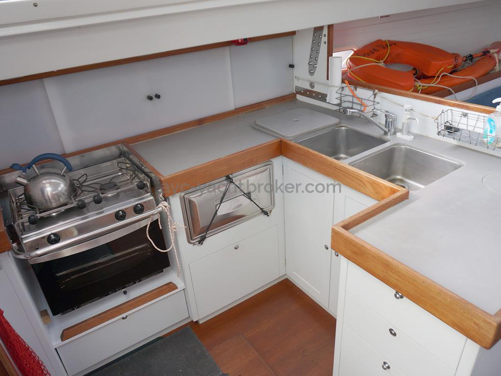 RM 1200 - Galley