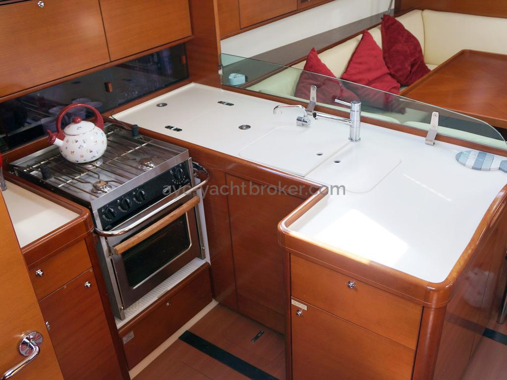 Dufour 485 Grand Large Custom - Galley