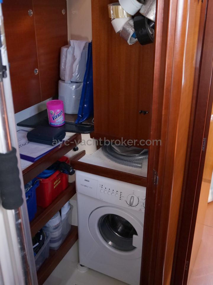 Dufour 485 Grand Large Custom - Aft port workshop/laundry
