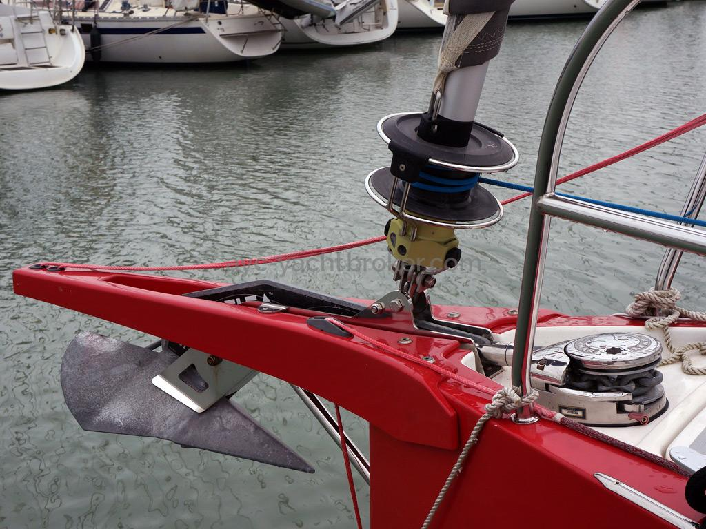 RM 1070 - Bowsprit and Delta anchor