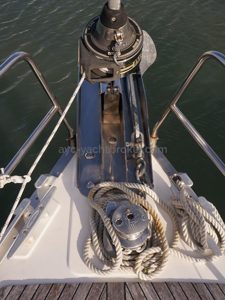 Bavaria 45 Cruiser - Genoa furler