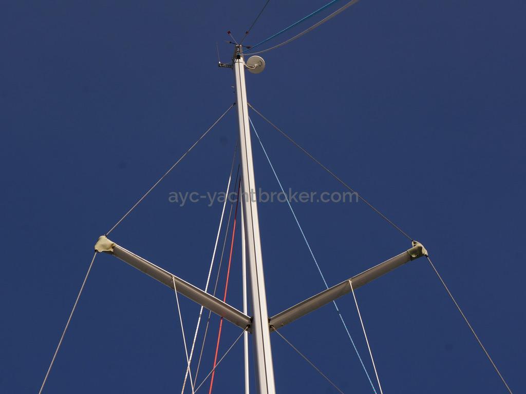 Bavaria 45 Cruiser - Mast head