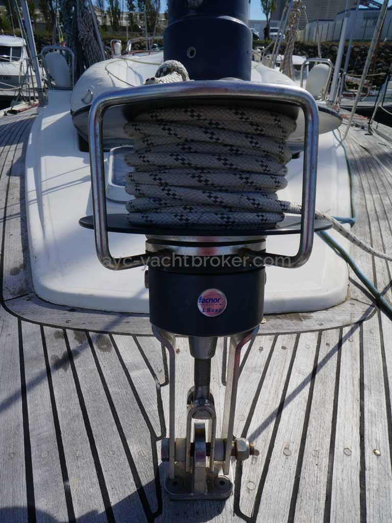 Feeling 546 Prestige - Staysail furler