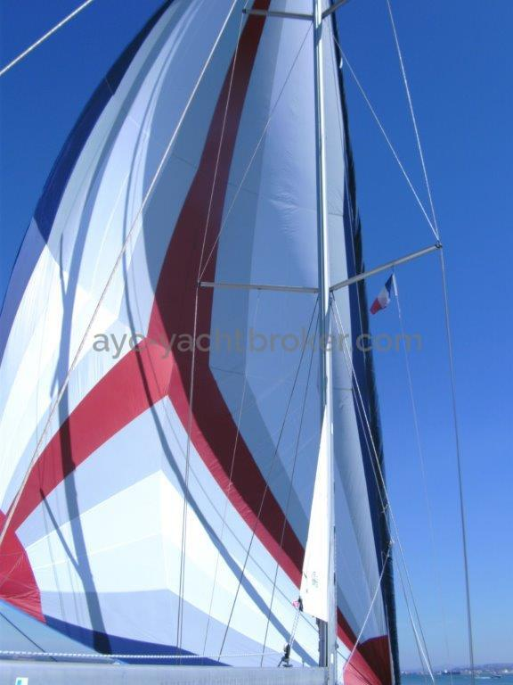 AYC Yachtbroker - sous Genacker
