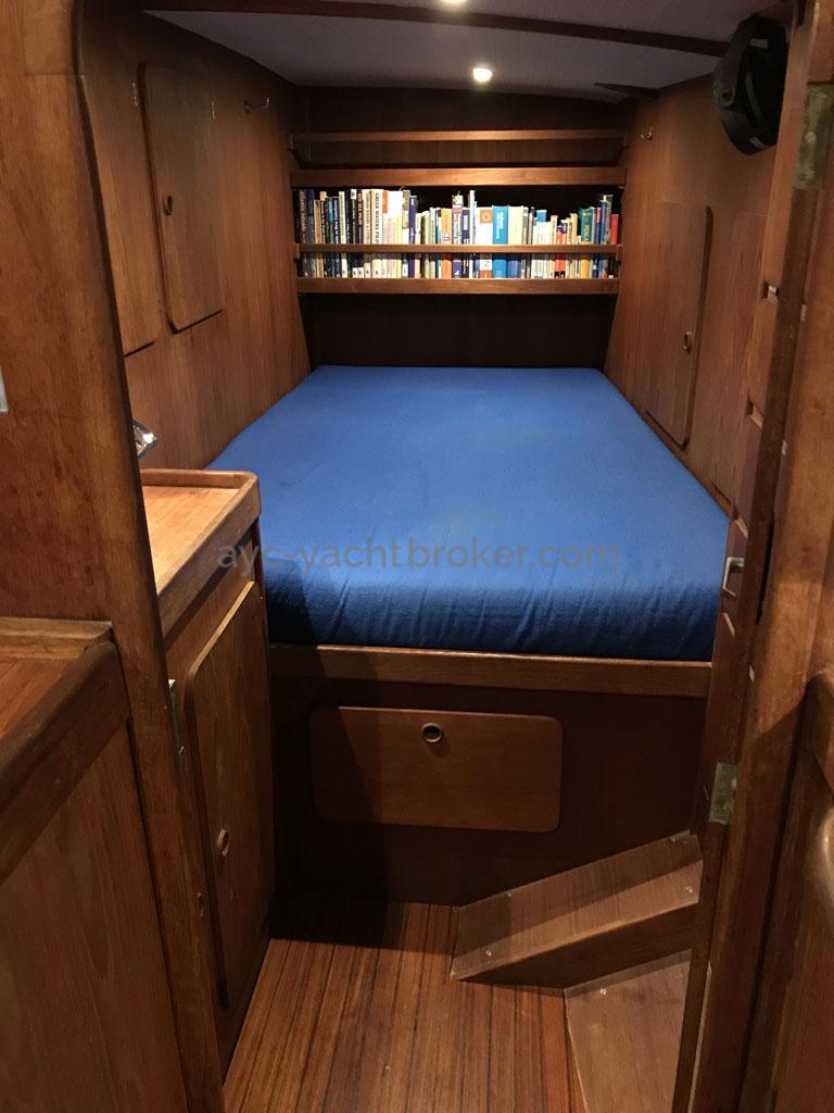 Garcia Nouanni 47 - Starboard central cabin